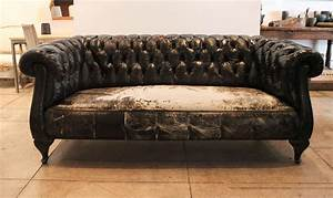 Couch vs sofa chesterfield best accessories home 2017 for Sofa vs couch vs chesterfield