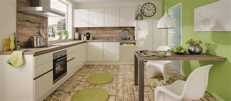 hotte de cuisine bosch cuisine contemporaine américaine cuisines cuisiniste aviva