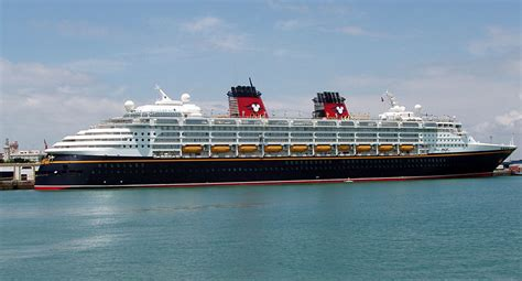 Disney Cruise Ships | Walt Disney Cruise