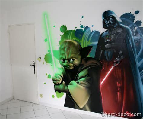 Yoda, Dark Vador Dans Une Chambre D'ado