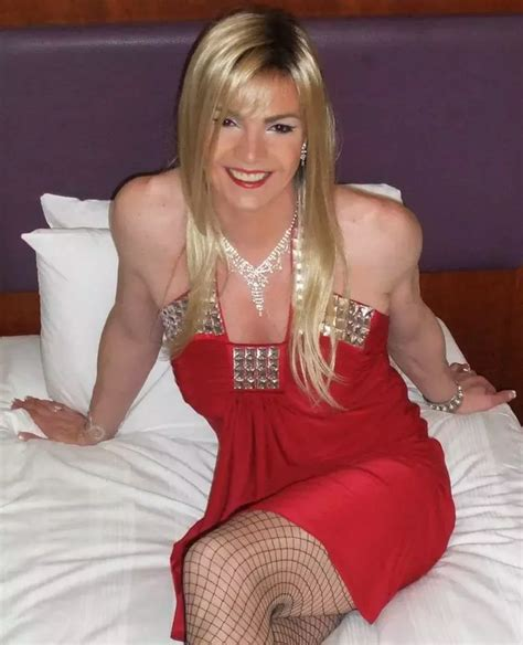 Best Crossdresser How Would You Recommend To Crossdress Quora
