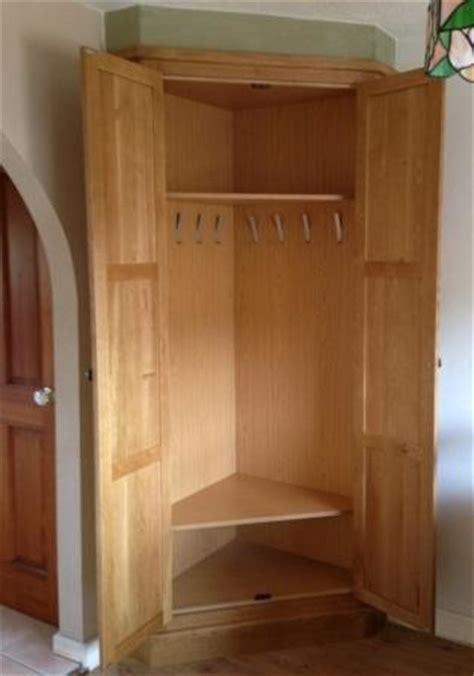 Fitted Oak Corner Storage Unit   Traditional   Closet