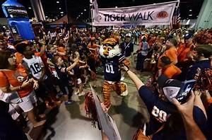 Huge Signing Day Boosts Auburn into Top 10 Recruiting ...