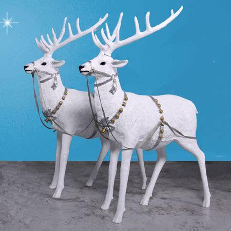high snow reindeer pair set