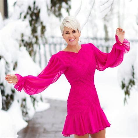 hot pink dress chic     pinterest