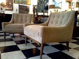 Mid century modern living room chairs smileydotus for Mid century modern living room chairs