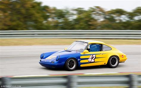 how cars run 2012 porsche 911 head up display rob parker s 911 porsche race car petrolicious