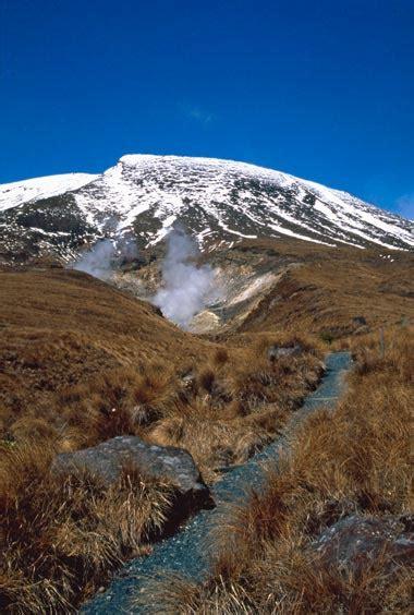 ketetahi springs volcanic plateau region te ara