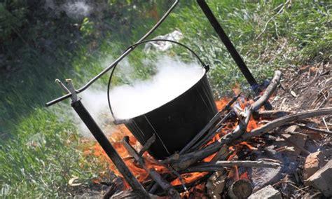 conseils pour cuisiner 4 conseils pour cuisiner sur un feu de bois trucs pratiques