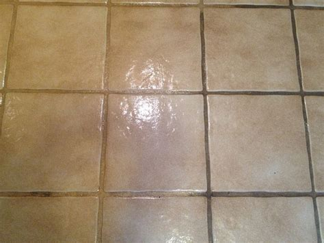 use clorox toilet bowl cleaner with to clean grout