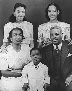 The Life of Rosa Parks timeline | Timetoast timelines