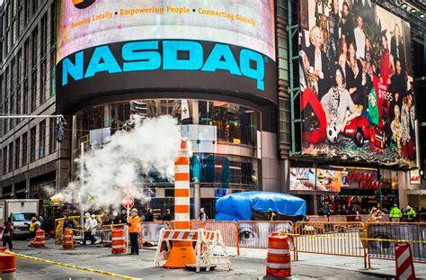 nasdaq stocks  dividends