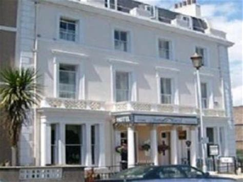 hotels accommodation  staddon heights golf club plymouth