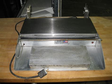 Heat Seal Table Top Meat Wrapper 625a