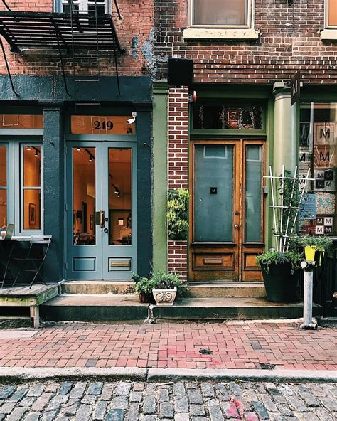 With stores in 52 communities and over 1,000. 25 Philadelphia Coffee Shops You Should Go To At Least ...