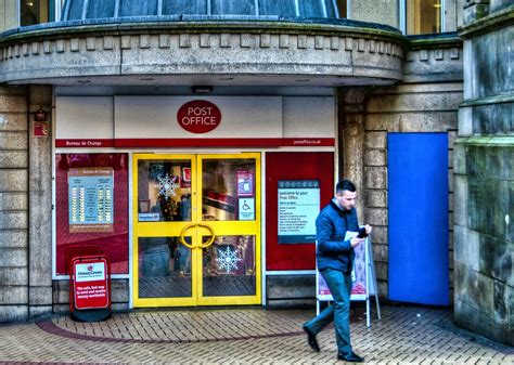 Post Office launches mobile network on EE | Expert Reviews