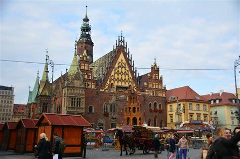 『美しい建築物が並ぶ ポーランド ヴロツワフ』ブロツラフ ...