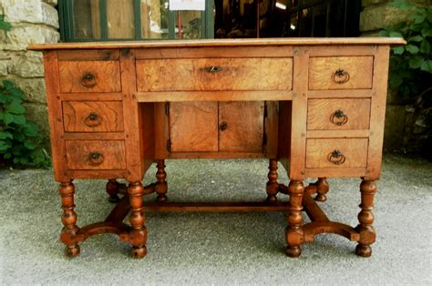 bureau mazarin provence 18th mazarin bureau desk in walnut for sale
