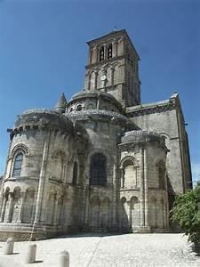 Pierre De Chauvigny : eglises chapelles abbayes monast res et couvents ~ Premium-room.com Idées de Décoration