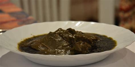 cuisine tunisienne mloukhia recette mloukhia tunisienne feuille de corète en poudre