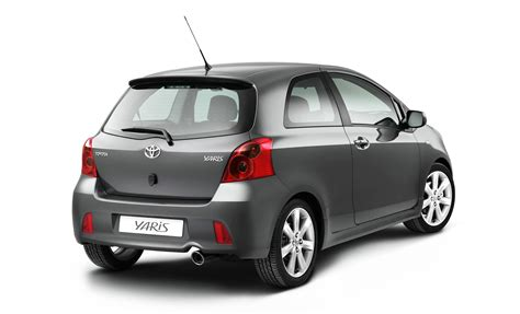 toyota yaris ts picture