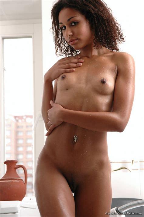 Karira A « Met Art « Free Nude Pictures Bravo Erotica