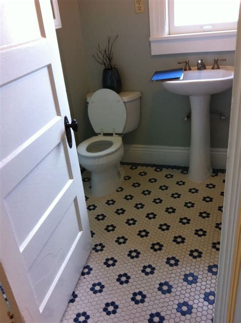 Hexagonal Tiles For Bathroom Floor by Black And White Hexagonal Tile Floor Laundry Mud Room