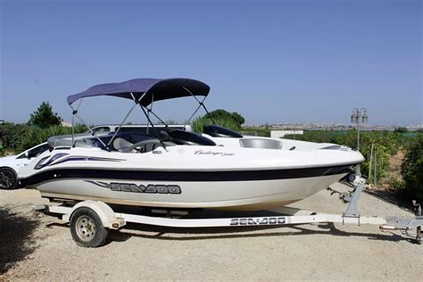 Sea Doo Boat Weight by 2004 Sea Doo Challenger 2000 Power Boat For Sale Www