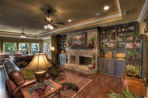 Remodeling Family Room   Marceladick.com
