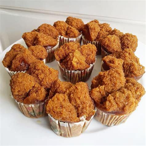 Nah, untuk anda yang ingin membuat kue lumpur kentang ini sendiri di rumah, berikut merupakan penjelasan lengkap mengenai resep kue lumpur kentang. Resep Bolu Kukus Gula Merah Tintin Rayner Yang Lembut ...