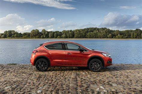 citroen ds 4 crossback citroen ds 4 crossback launched from 46 990 forcegt