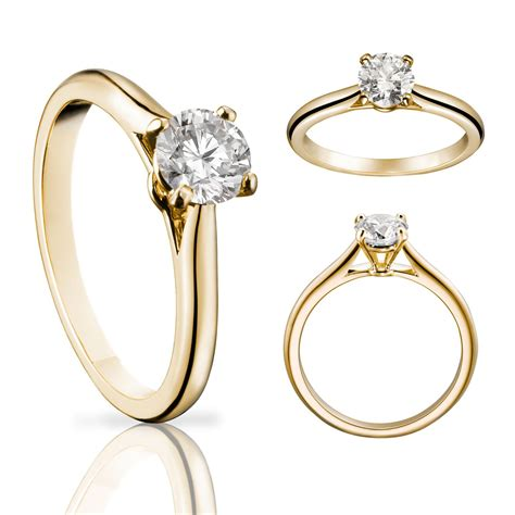 solitaire  diamond ring  yellow gold cartier