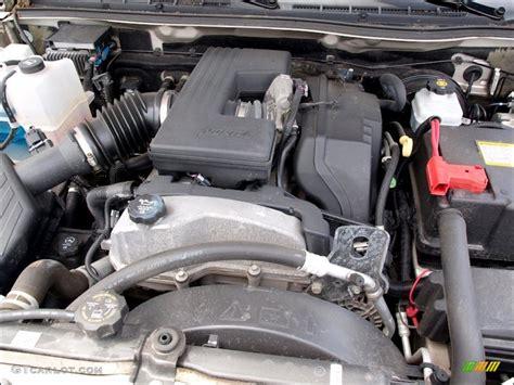 chevrolet colorado lt crew cab  liter dohc  valve vortec  cylinder engine photo