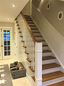 Amerikanische Häuser Innen : pin von landhaus wandverkleidungen auf treppenverkleidung treppe ~ A.2002-acura-tl-radio.info Haus und Dekorationen