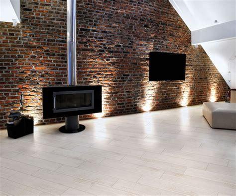 Wohnzimmer Fliesen Hell by Fliesen In Holzoptik Die Moderne Alternative