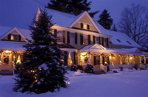 christmas houses in snow america s 10 best small towns for celebration attractions of america