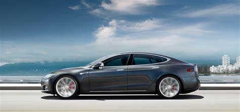 2015 Tesla Model S P85d First Test