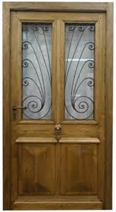 exemple de porte d entree avec grilles anciennes