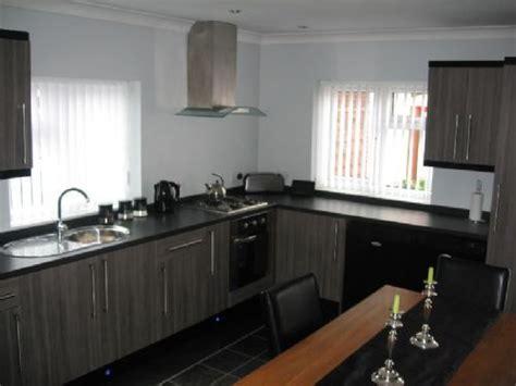 leeds city interiors leeds  reviews kitchen designer
