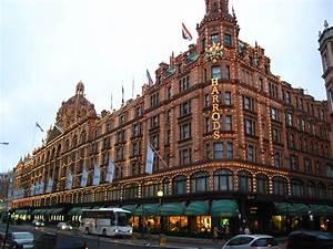 Harrods Shopping Mall In London Thousand Wonders