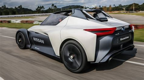 Nissan Bladeglider Concept (2016) First Ride Review