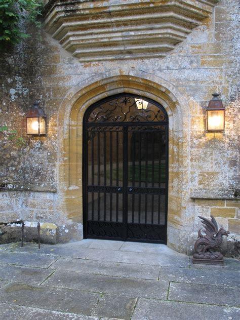 security gates ironart  bath