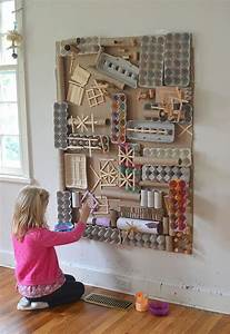 make an awesome recycled materials wall crafts from