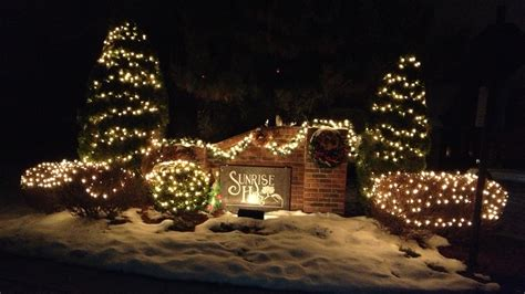 neighborhood entrance christmas decorations neighborhood images hoa