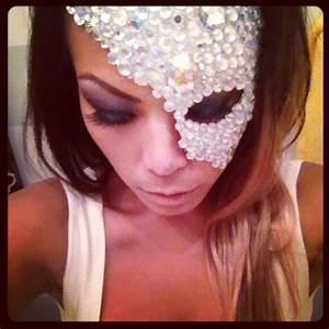 DIY masquerade mask - Halloween 13   To Party   Pinterest