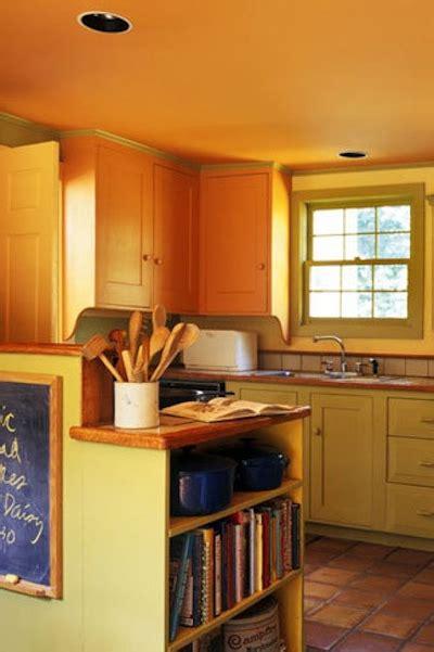 cuisine peinte en vert vous voulez peindre votre cuisine en jaune dé