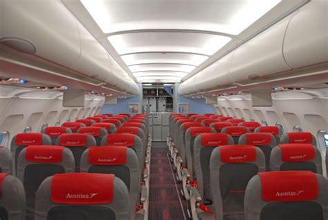 kaminholzregal außen mit rückwand der neue an bord aua pr 228 sentiert neues kabinendesign austrian wings