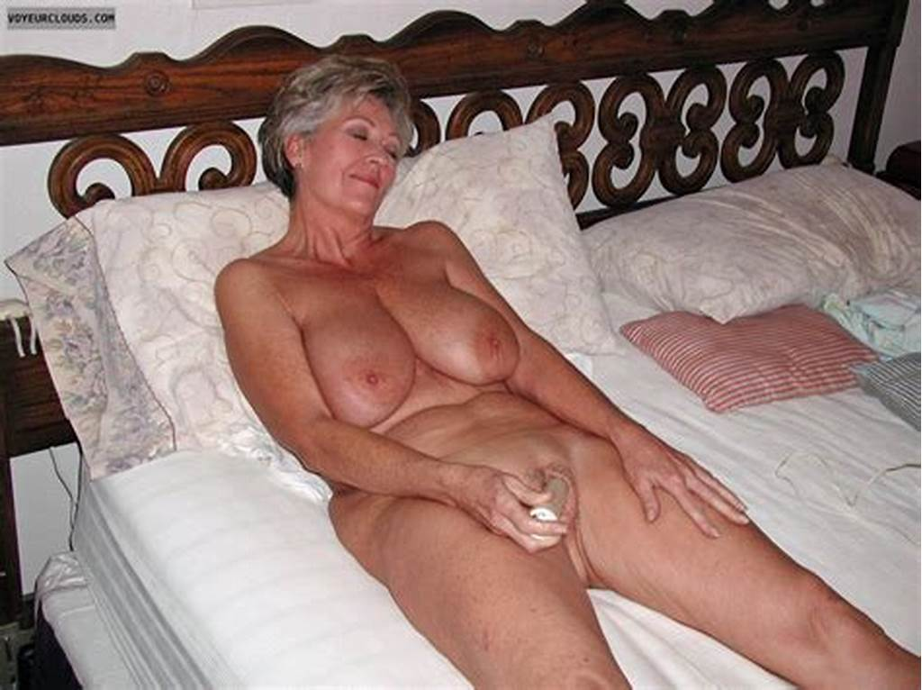 #Mature #Woman #With #Vibrator