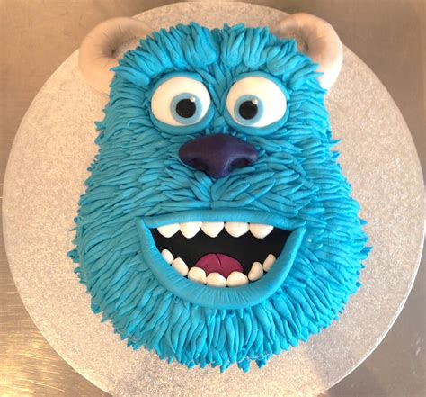 pin  lisa rittley wojtkowiak  cakes monster