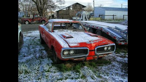 Abandoned Muscle Cars. Classic Muscle Cars Abandoned. Old
